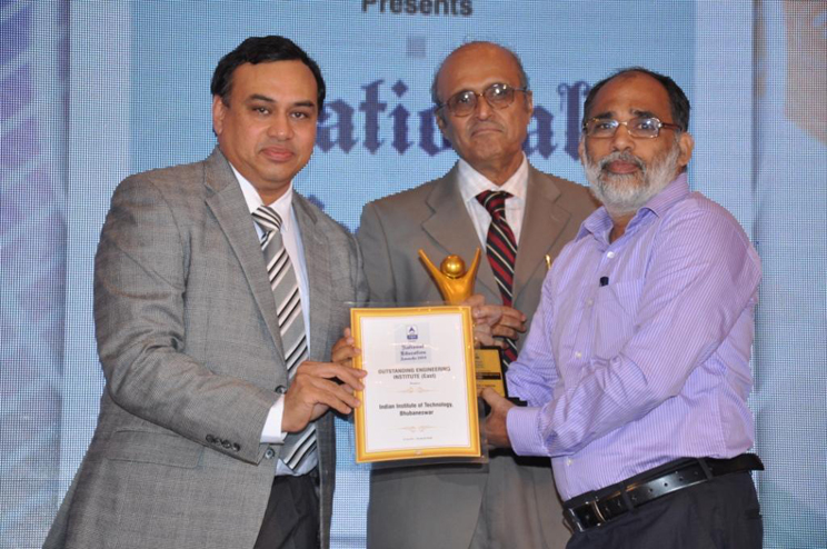 ABP News National Education Awards 2014 | Indian Institute of